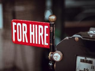 Full Time Employee vs. Freelancer: How to Decide Which You Need